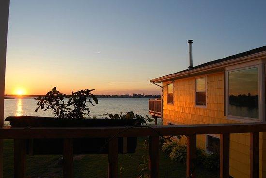 The Boathouse B&B : Sunset