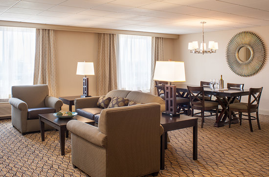 Holiday Inn Hartford Downtown Area: Presidential Suite