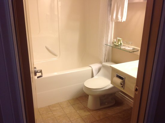 BEST WESTERN PLUS Mirage Hotel & Resort: Bathroom