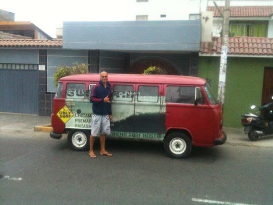 My Friend Surf Hostal : Hostals car!