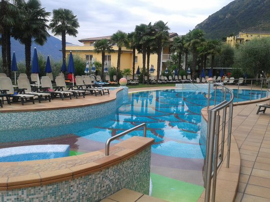 Hotel Royal Village: One of the pools