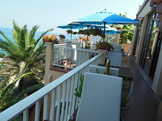 Hotel Terrazzo Sul Mare: terrazza hotel