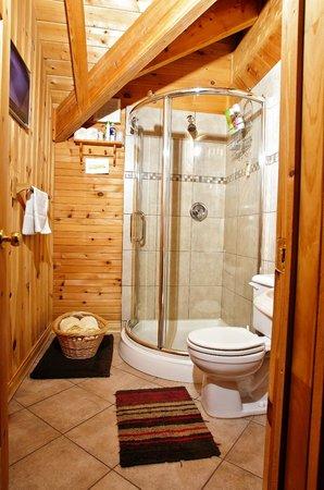 Main Brook, Kanada: Bedroom Shower