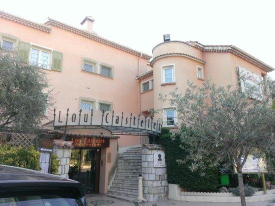 Lou Castelet Restaurant Residence Hoteliere: hotel-restaurant
