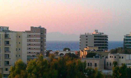 Esperia Hotel: Вид с балкона 5 этажа