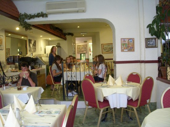 Gigi's: Booking advisable for larger groups