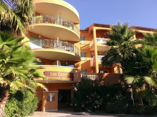 Lou Castelet Restaurant Residence Hoteliere: hotel-apartments