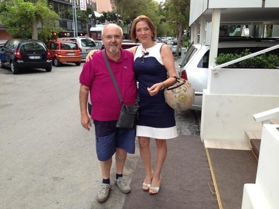 Hotel Galassia: 28 Agosto: Foto con Mary