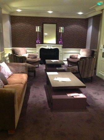 Hotel Le Royal: the lounge