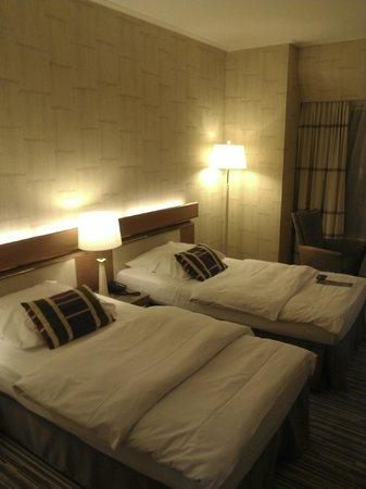 Hotel Nikko Düsseldorf: Bedroom