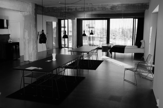 STAY Copenhagen: Two dining room tables