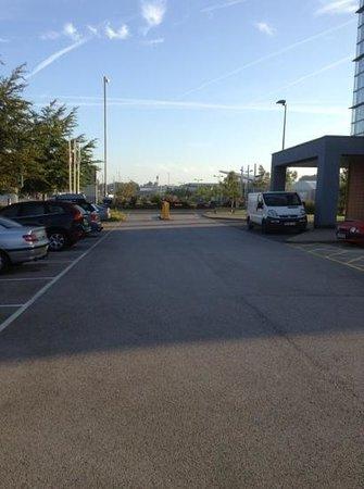 Holiday Inn Express Liverpool-John Lennon Airport : barriers