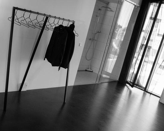 STAY Copenhagen : No closed closet just rack