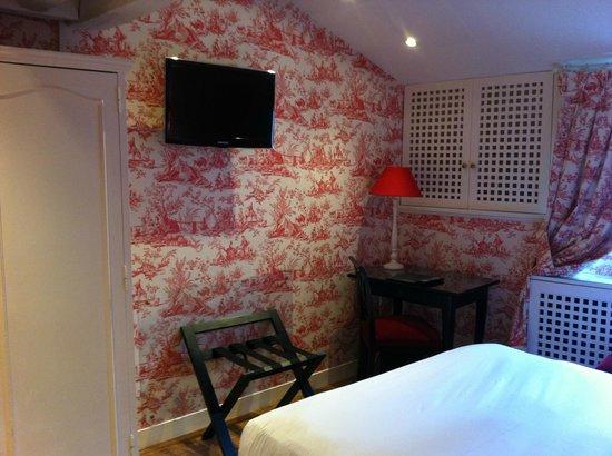 Hotel Saint Germain : Room
