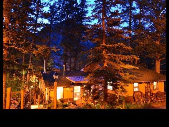 Pine Haven Resort: The Lodge.