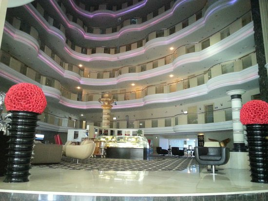 Eser Premium Hotel & Spa: cream& dream lobby