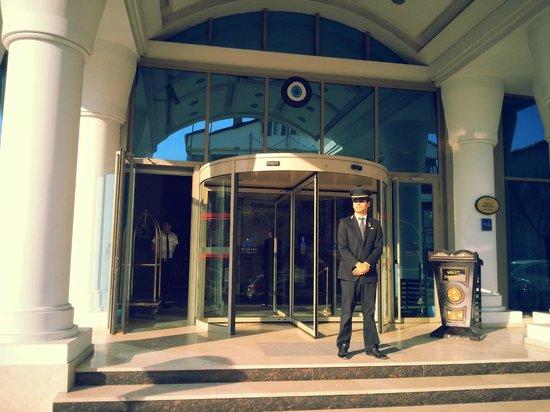 Eser Premium Hotel & Spa: otel girişi