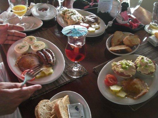 Black Orchid Restaurant: Lobster Omlete, Eggs Benedict . . . .