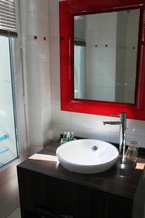 Hotel Le Mistral: bagno