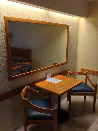 Hotel Jaragua: escritorio