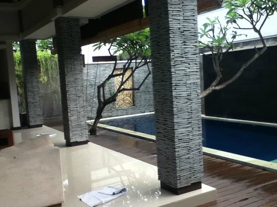 The Wolas Villas & Spa : Private pool - view from the bedroom