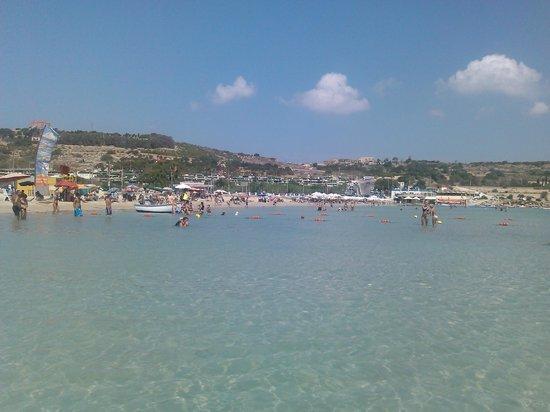Paradise Bay Resort Hotel: Mellieha beach