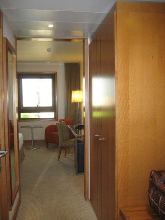Marques De Pombal Hotel : 広い部屋