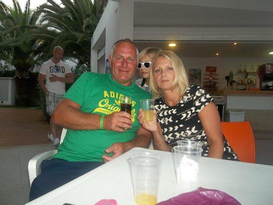 Gavimar Ariel Chico Club Resort: outside bar