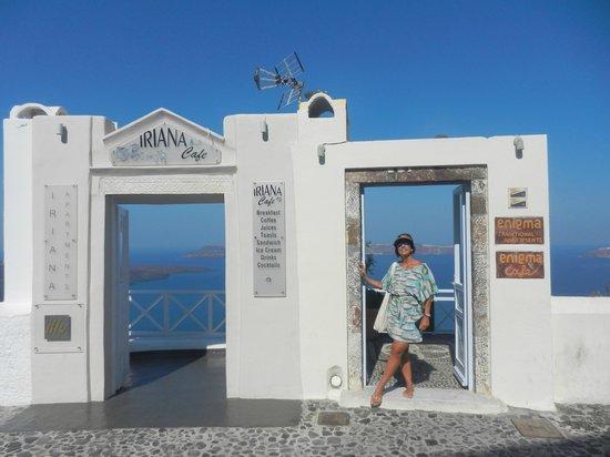 Esperas Santorini: These amazing doors are everywhere