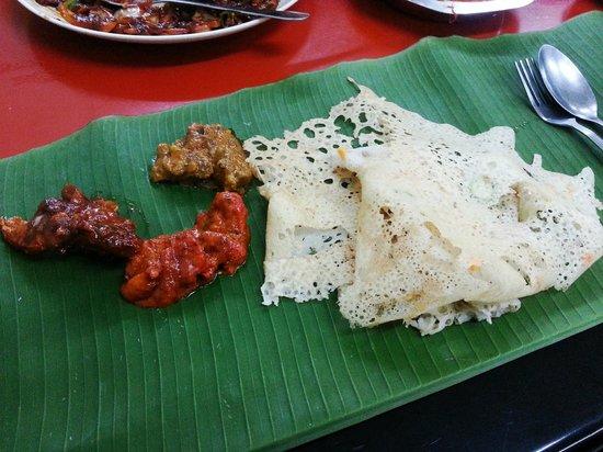Sri Ananda Bahwan: Cheese Naan, Butter Chicken, Fish and Lamb