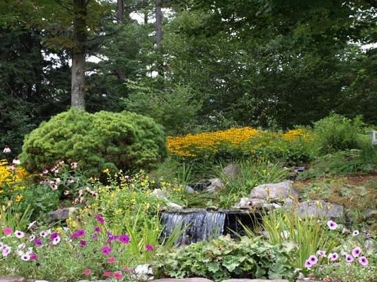 Stone Hill Inn: Stone Hill Garden