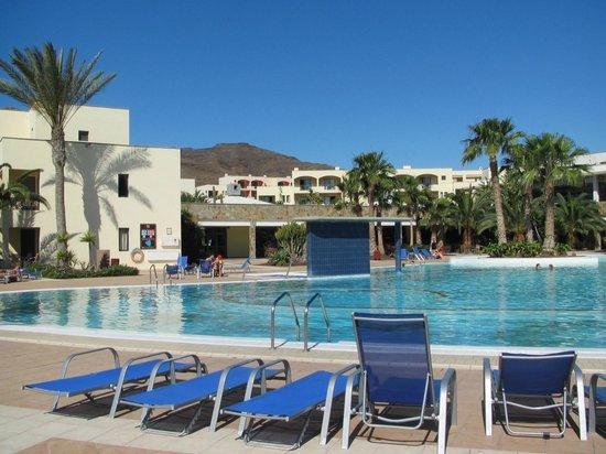 Playitas Aparthotel: Dejligt poolområde