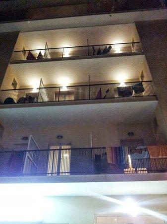 Hotel Ambasciatori: Vista Hotel