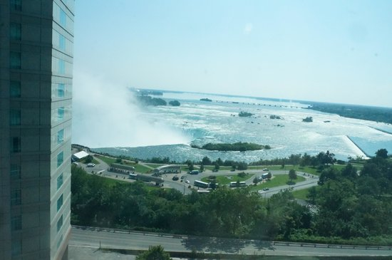 Radisson Hotel & Suites Fallsview: View from our Room