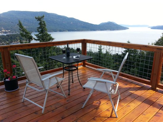 Double Mountain Bed and Breakfast: Great views from your private deck