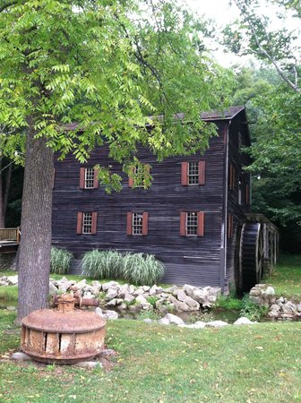Wolf Creek Pine Run Grist Mill, Loudonville, Ohio