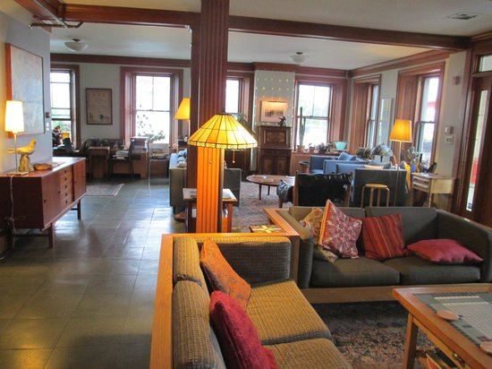 Old Granite Inn: The lobby