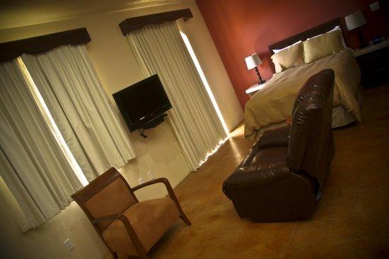 San Angel Suites: Queen Studio