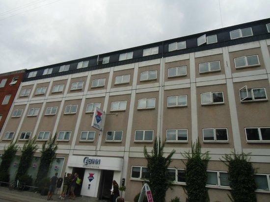 Hotel CABINN Scandinavia: Otelin konumu güzel