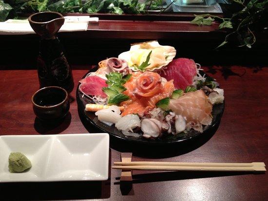 Matsuri: 日本酒とお刺身(≧∇≦)