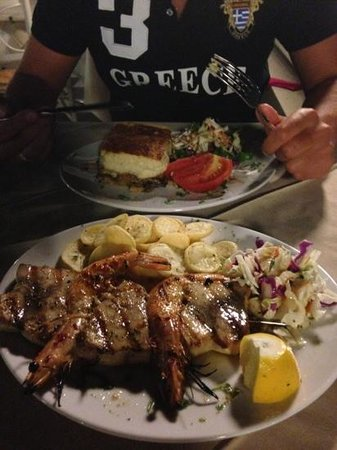 The Olive Lounge : amazing swordfish Slovaki and moussaka