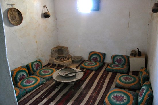 The Traditional Siwa House: ..interno...