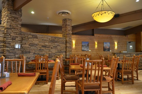 Restaurant - Picture of Red Rock Grill, Zion National Park - TripAdvisor