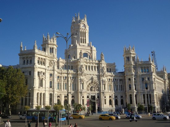 Foto de palacio de cibeles madrid edificio de correos y for Edificio correos madrid
