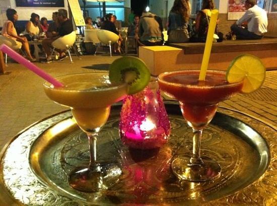 Bouganville Bar: daiquiri banana e fragola