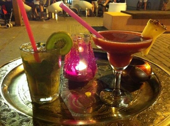 Bouganville Bar: daiquiri + mojito