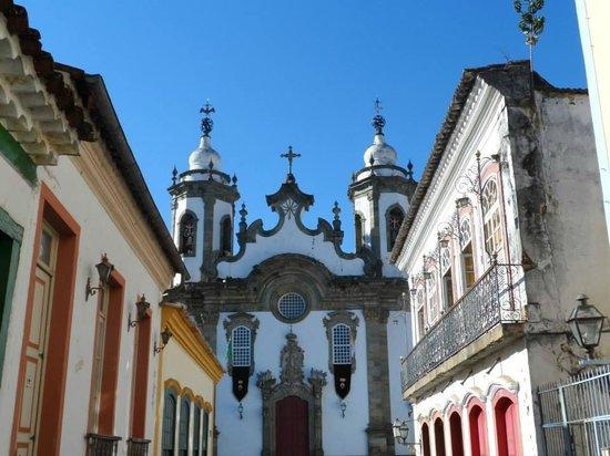 Nossa Senhora do Carmo Church: Rua Getúlio Vargas