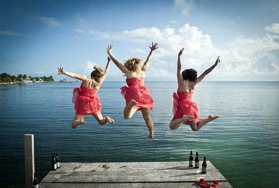 St. George's Caye Resort: Bridesmaids