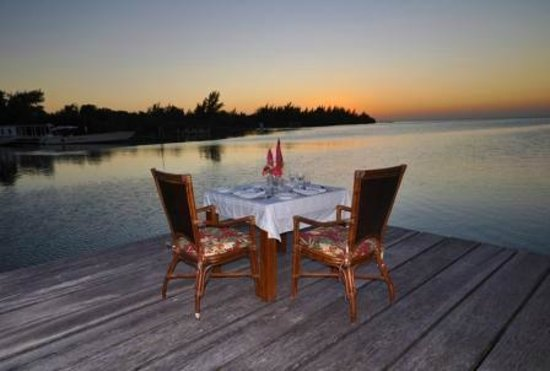 St. George's Caye Resort: Romantic Dining