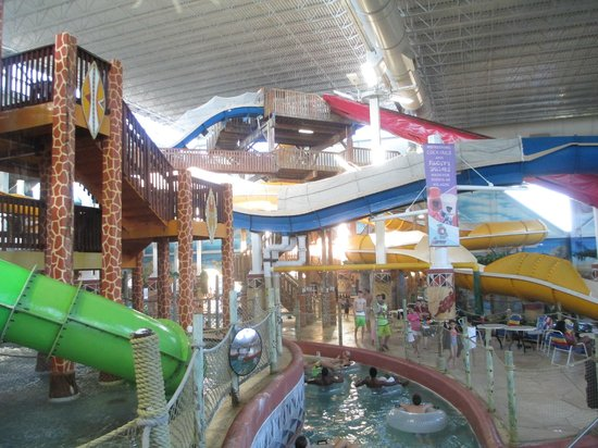 Kalahari Resorts & Conventions: Center of indoor park facing east